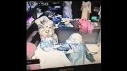 شاهد كيف تسرق النساء بمدينة الناظور أثناء زيارة محلات الملابس