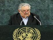 """الأوروغواي تودع """"أفقر رئيس بالعالم"""" وتنتخب خليفته"""