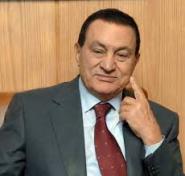 مبارك ونجلاه أمام المحكمة بسبب قضايا فساد