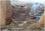 تغصا (إكنيون) :أسرة تفترش الأرض وتلتحف السماء بعد أن دمرت الأمطار الأخيرة بيتها!
