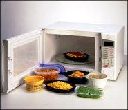 تحذير من تسخين الطعام في أوعية البلاستيك