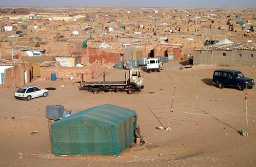 الجزائر تصادر هواتف صحراويي مخيمات تندوف