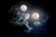 """وكالة """"ناسا"""" تفجر مفاجأة وتعلن عن قمر ثاني للأرض، متى سيظهر؟"""