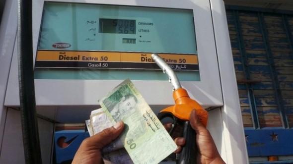 الحكومة تُعلن ارتفاع سعر البنزين اليوم