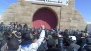 تدخل أمني عنيف في وجه مُشيعي جنازة زوجة عبد السلام ياسين