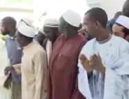 بالفيديو طلبة أفارقة يحاصرون الملك محمد السادس بالعرفان