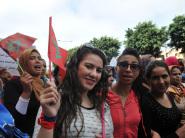 النساء يخيبن تنبؤات بنكيران ويخرجن في مسيرة جمعت عشرات الآلاف