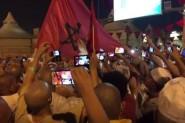 عاجل بالفيديو.. آلاف الحجاج المغاربة يخرجون للإحتجاج