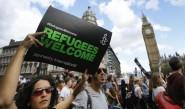 مظاهرات بمدن أوروبية دعما للاجئين