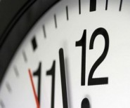 بلاغ وزارة الوظيفة العمومية حول تغيير الساعة القانونية للمملكة