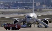 إخلاء طائرة سعودية بمدريد بسبب إنذار كاذب