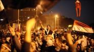 عاجل و بالفيديو : مباشرة من مصر .. الآلاف يقتحمون ميدان التحرير مُطالبين بإسقاط النظام