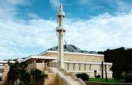 سلطات روما توفر وسائل النقل للمسلمين لأداء صلاة التروايح