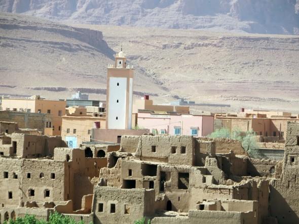 جولة بمدينة تنغير في عز ايام الصيف الحارة