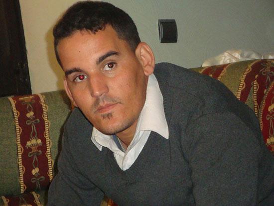 الٍكاتب والشاعر الأمازيغي بقي عبد الحكيم وكيلا للائحة حزب الديمقراطيين الجدد بإقليم تنغير