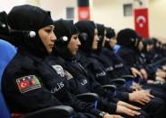 الدولة المسلمة التي أصدرت قانونا جديدا يسمح للشرطيات بارتداء الحجاب