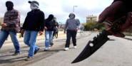 خطير ….عصابة ملثمة تهاجم حفلا بالسيوف و السواطير بورزازات