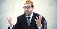 بولوز يفتي : عدم جواز صلاة الجمعة التي تصادف يوم الاقتراع 'خوفاً من تزوير الانتخابات.