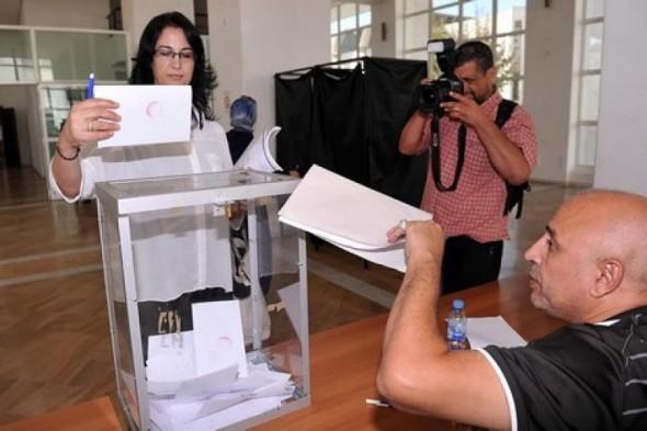 """نشطاء يطلقون حملة:"""" لن نقاطع الانتخابات و سنصوت ضد تجار الدين"""""""