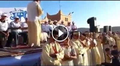 فيديو :شاهد لحظة سقوط حزب الأصالة و المعاصرة من فوق الخشبة
