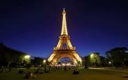 فرنسا تطفئ أنوار برج إيفل لهذا السبب..