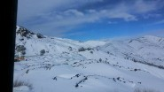 المغاربة يستمتعون بالثلوج وشاهد مادا قال سائح لبناني عن جمال المغرب في الشتاء