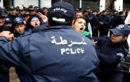 """"""" هيومن راتس ووتش"""" ترسم صورة قاتمة عن حقوق الانسان بالجزائر ومخيمات تندوف"""