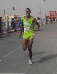 وليد ايت حمو من جمعية ايت ايحيا لألعاب القوى يتأهل للبطولة المغاربية بتونس.