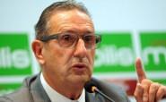 ليكنز يقدم استقالته من تدريب الجزائر