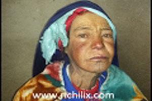 حالة إجتماعية صعبة: إيطو أحزيض مسنة و وحيدة من أعالي إملشيل تعاني من الفقر والمرض