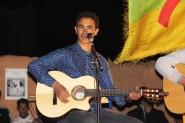 """تنغير : الفنان الأمازيغي أمناي يغني ل""""صاغرو"""" ويمتع جمهور مهرجان بوكافر ببلدة تاغيا نلمشان"""