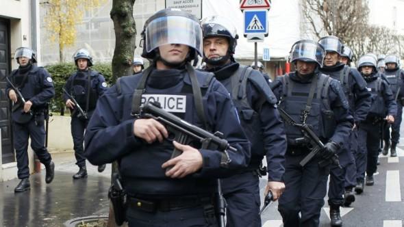 """اعتقال مغربي بإسبانيا للاشتباه بتمويله تنظيم """"داعش"""""""