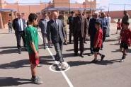 """عامل إقليم تنغير يشرف على تدشين المركب السوسيو رياضي صنف """"أ"""" بسوق الخميس"""