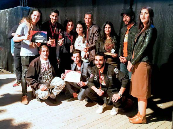 """جوائز مهمة لمسرحية""""الزيرو كولور"""" بمهرجان دولي بورزازت"""
