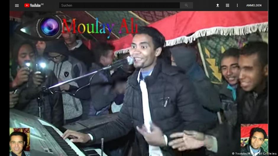 من مغني أعراس مغمور إلى نجم يوتيوب بالمغرب